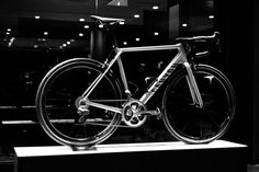 Canyon Ultimate CF SLX 2016 road bike - first ride r...