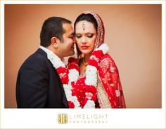 Ca d'Zan Mansion, Sarasota, Florida Indian wedding, traditional, red, white, gold, flowers, wedding Lengha, wedding photography, Limelight Photography, www.stepintothelimelight.com