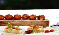 Mesas de Asturias, la mejor selección de la gastronomía y la cocina asturiana - http://www.conmuchagula.com/mesas-de-asturias-la-mejor-seleccion-de-la-gastronomia-y-la-cocina-asturiana/?utm_source=PN&utm_medium=Pinterest+CMG&utm_campaign=SNAP%2Bfrom%2BCon+Mucha+Gula