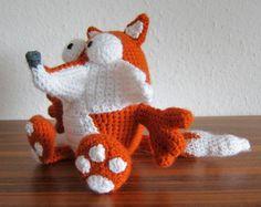 Olly the Fox - Free Amigurumi Pattern (scroll down) here: http://stephiskoestlichkeiten.blogspot.de/2014/05/olly.html