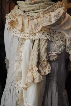 Boho style dress with vintage lace - the link has some gorgeous pictures, although I don't read the language of the text