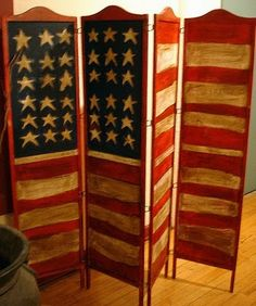 American flag folding screen, all-weather. I can see this fitting perfectly into my living room, now to find it.
