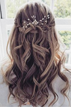 Wedding Hair Half, Wedding Hairstyles Half Up Half Down, Elegant Wedding Hair, Wedding Hairstyles For Long Hair, Wedding Hair And Makeup, Half Updo, Wedding Bride, Half Up Half Down Hair Prom, Bridesmaid Hair Half Up Medium