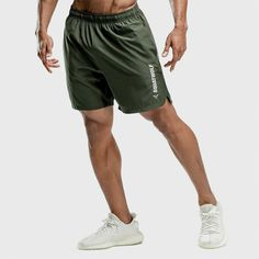 Green Shorts Outfit, Olive Green Shorts, Mens Gym Shorts, Leather Dress Shoes, Statement Tees, Type Of Pants, Intense Workout, Short Outfits, Sports