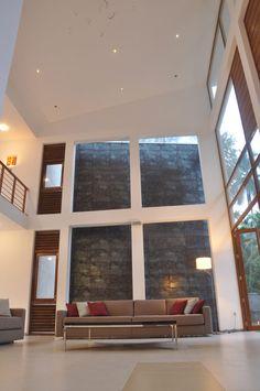 Imposing Modern Architecture in Sri Lanka: Chamila Shop Interior Design, Interior Design Inspiration, Interior Design Living Room, Living Room Designs, Room Interior, Small House Design, Cool House Designs, New Modern House, House Blinds