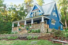 THE THIS OLD HOUSE 2015 IDEA HOUSE Take a tour of this storybook cottage with craftsman-style charm –our Idea House at Cloudland Station, Georgia Our first built-from-the-ground-up Idea House puts a. Lake House Plans, Cottage House Plans, Best House Plans, Cottage Homes, Cottage Style, Craftsman Cottage, Craftsman Style Homes, Craftsman House Plans, Craftsman Bungalows