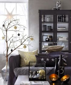 Ideas para decorar con adornos del árbol. Las bolas, los adornos, las tarjetas son geniales para decorar nuestra casa, el árbol, hacer centros de mesa... ¡Tomad nota!