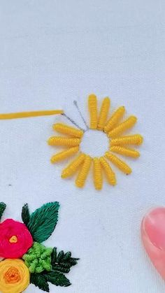 Hand Embroidery Patterns Flowers, Hand Embroidery Videos, Embroidery Stitches Tutorial, Hand Embroidery Flowers, Embroidery Works, Embroidery Motifs, Simple Embroidery, Hand Embroidery Designs, Paper Flowers Roses