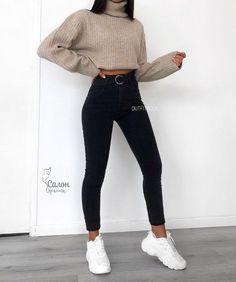 simply beauty teenager outfits ideas for the flawless look 5 ~ thereds. Teenager Outfits, Outfits For Teens, Easy School Outfits, Winter School Outfits, Fashion Mode, Look Fashion, Latest Fashion, Girl Fashion, Friends Fashion
