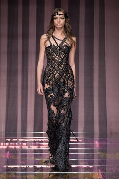 39-Atelier Versace Fall/Winter 2015/2016 Haute Couture Collection