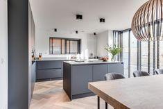 Lifs interieuradvies & styling www.nl - Lilly is Love Kitchen Layout Interior, Kitchen Wood Design, Home Decor Kitchen, Home Kitchens, Home Design, Interior Design, Kitchen Time, Kitchen Island, Handmade Kitchens