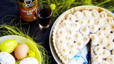 Rumový tart Hummus, Camembert Cheese, Dairy, Punk, Bread, Ethnic Recipes, Food, Basket, Brot