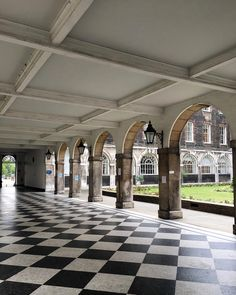 A beautiful courtyard in Guy's Hospital, London Bridge Guy's Hospital, London Bridge, Hospitals, Interiors, Guys, Instagram Posts, Beautiful, Decoration Home, Decor