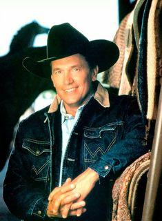Country Music Stars That Fully Embraced The '90s - COWGIRL Magazine