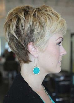 pictures of layered pixie haircuts | Side View of Layered Pixie Cut: Cute Pixie Haircut with Bangs