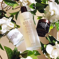 Just in time for our trip to #Hawaii @freshbeautys newest Black Tea Kombucha Facial Essence is perfect for #Summer #travel! Its one essential step in your #skincare routine w/8 benefits! #FreshKombucha #FreshBeauty #bblogger #prsample Also Im currently obsessed with my #Gardenia bush! #smellssogood