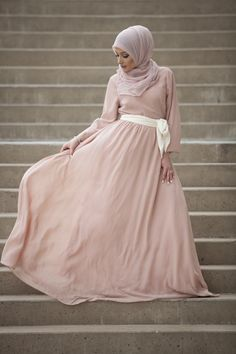 Lucca Chiffon Dress - Blush Pink Verona Collection