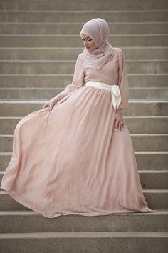 Lucca Chiffon Dress - Blush Pink Verona Collection