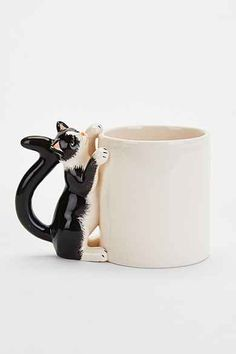 Plum & Bow Climbing Cat Mug