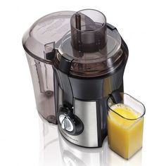 Enjoy a healthy glass of fresh juice whenever you like with the Hamilton Beach Stainless Steel Big Mouth Juice Extractor. The Hamilton Beach 67608 juicer has a powerful motor that allows it to pulverize even hard root vegetables with ease. Top 14, Other Recipes, Whole Food Recipes, Jelly Recipes, Juice Recipes, Food For Less, Juicer Reviews, Centrifugal Juicer, Electric Juicer
