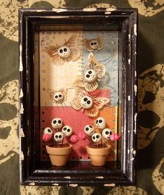 Art of Skulls, Altars and Altered Boxes Shadow Box Kunst, Shadow Box Art, Holidays Halloween, Halloween Crafts, Halloween Decorations, Halloween Ideas, Mexican Crafts, Mexican Folk Art, Mexican Style