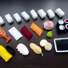 Felt japanese sushi pattern set - salmon, tuna, scallop, egg prawn sushi, maki easabi, ginger rose (patterns and tutorial via email)