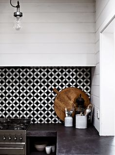 black & white backsplash / Koolandkreativ