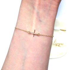 by philippe ( バイ フィリップ )  ニューヨーク Tiny Cross Bracelet gold ゴールドチェーン クロス チャーム アクセサリー ポーチ セット  ゴールド ブレスレット