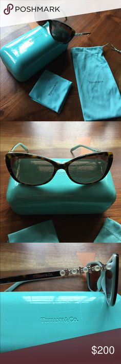fbf38755c5 Tiffany  amp  Co. Cat s Eye sunglasses Tiffany  amp  Co. Cat s Eye  sunglasses