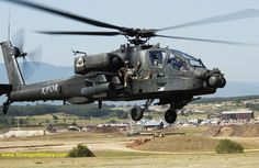 attack helicopters | AH-64 APACHE ATTACK HELICOPTER - WITH SOLDIER RIDING SHOTGUN!