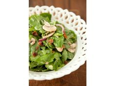 SPINACH SALAD WITH WARM BACON DRESSING Recipe by Paula Deen