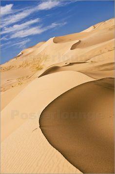 Sand dunes at the 'Singing Dunes' Khongoryn Els, Mongolia Mongolia, Dune, Deserts Of The World, Gobi Desert, Dry Desert, Beautiful Places, Beautiful Pictures, Desert Life, Amazing Nature