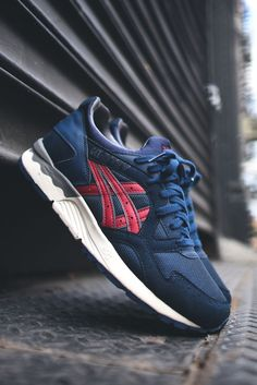 ASICS Gel Lyte V in Navy & Burgundy