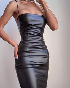 Glamouröse Outfits, Bodycon Outfits, Classy Outfits, Trendy Outfits, Fashion Outfits, Bodycon Clothes, High Fashion Dresses, Black Bodycon Dress, Party Outfits