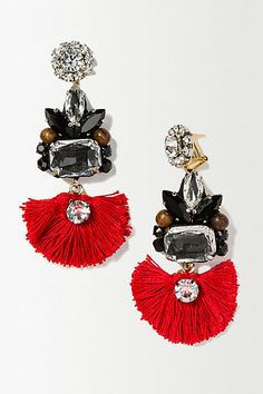 Amazing ethnic style earrings! I love the red eye-catching color! So chic and so boho style on the same time! #anthrofave #anthropologie #earrings #red #ethnic #boho #style #women #tassle #gems #jewels #jewelry