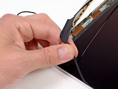 iFixit Finally Gets Around to Tearing Apart MacBook Pro's Retina Display | I Has Apple !