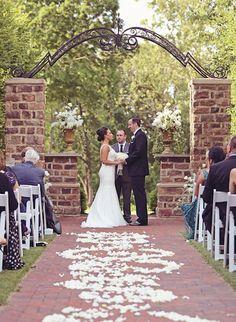 Outdoor wedding Pinnacle Golf Club, Grove City, OH by Julian Allen Photography…