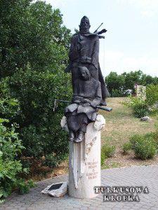 Jezioro Velence na Węgrzech (Velencei-tó) - Turkusowa Kropka Garden Sculpture, Outdoor Decor, Home Decor, Decoration Home, Room Decor, Home Interior Design, Home Decoration, Interior Design