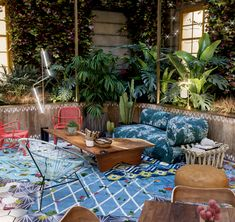 Jungalow® by Justina Blakeney is the one-stop-shop for bohemian-modern home decor + all things all things colorful, patternful +jungalicious. Coworking Space, Outdoor Cabana, Bright Homes, Outdoor Spaces, Outdoor Decor, Chinese Garden, Relax, Home Design, Interior Design