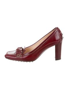 3e813ac1c Free shipping and returns on Gucci Sylvie Bee Slingback Pump (Women ...