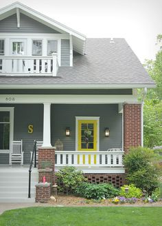 House painting ideas exterior brick colorful porch ideas for the home house paint exterior exterior paint . Best Exterior Paint, Exterior Paint Colors For House, Paint Colors For Home, Exterior Colors, Paint Colours, Brick House Colors, House Color Schemes, Yellow Front Doors, Front Door Colors