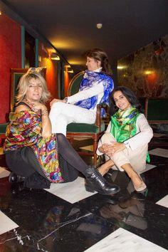Fulares de seda reversibles , pañuelos, bufandas,chales Julunggul Hecho en España. www.julunggul.com