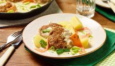 MAGGI Rezeptidee fuer Frikadellen mit Gemüse-Kräuter-Sauce