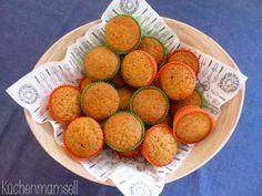 Vegane Möhrenmuffins vegan carrot cake muffins http://kuechenmamsell.blogspot.de/2013/06/mohrenmuffins.html