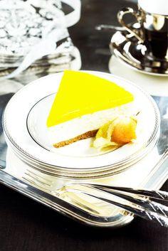 Aurinkoinen juustokakku