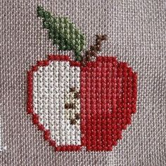 Embroidery Designs, Embroidery Leaf, Hand Embroidery Stitches, Cross Stitch Embroidery, Cross Stitch Fruit, Cross Stitch Kitchen, Crochet Bedspread, Crochet Motif, Cross Stitch Designs