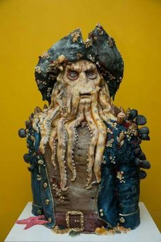 Davy Jones Pirate of the Carebbean - Cake by GRGA. Maybe not pretty, but OMW! Davy Jones, Crazy Cakes, Fancy Cakes, Disney Themed Cakes, Disney Cakes, Unique Cakes, Creative Cakes, Pretty Cakes, Cute Cakes