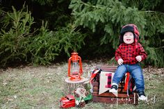 lumberjack themed first birthday session #openFieldphotography the blog. photography by lauren chapman & robbie gantt.