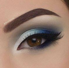 Make Up; Make Up Looks; Make Up Augen; Make Up Prom;Make Up Face; Makeup Steps Make - up Heavy Makeup, Blue Eye Makeup, Eye Makeup Tips, Smokey Eye Makeup, Glam Makeup, Makeup Inspo, Makeup Ideas, Makeup Light, Prom Makeup Blue Dress