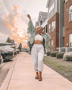 Cotton Candy Sky, Music Festival Outfits, Summer Aesthetic, Boss Lady, Summertime, Photoshoot, Sunset, Celebrities, Fall